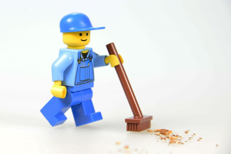 identifizieren mit dem Job - Leomann putzt